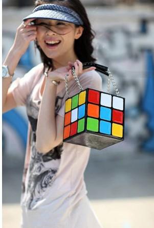 [تصویر: Rubiks-Handbag-1.jpg]